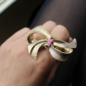 3D Bow Stretch Ring1
